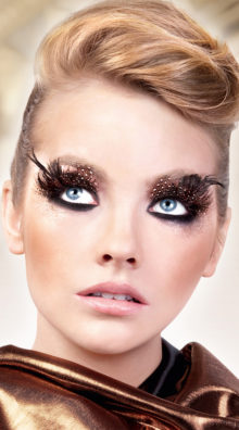 Photo of Black and Brown Polka Dot Feather Eyelashes @EX4.NL Exclusive Lingerie