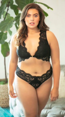 Photo of Plus Size Stephanie Lace Thong @EX4.NL Exclusive Lingerie