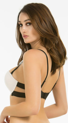 Photo of Light Pink Strappy Solution Bra @EX4.NL Exclusive Lingerie